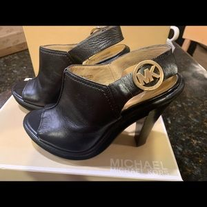 Michael Kors  Slight Platform Sandals blk leather